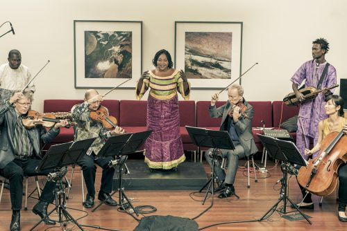 TRIO DA KALI and KRONOS QUARTET – Ladilikan